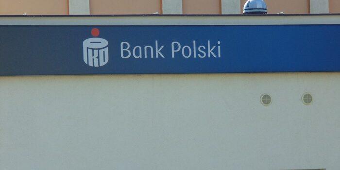 """Mieszkanka Fordonu przekazała 130 tys. zł oszustom działającym metodą """"na policjanta"""""""